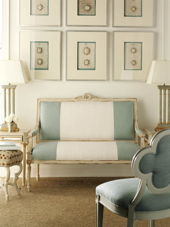 blue-stripe-fabric-settee-chair-antique-white-finish-blue-white-decorating-living-room-french-inspired-design-eclectic-home-house-decor-ideas-suzanne-kasler